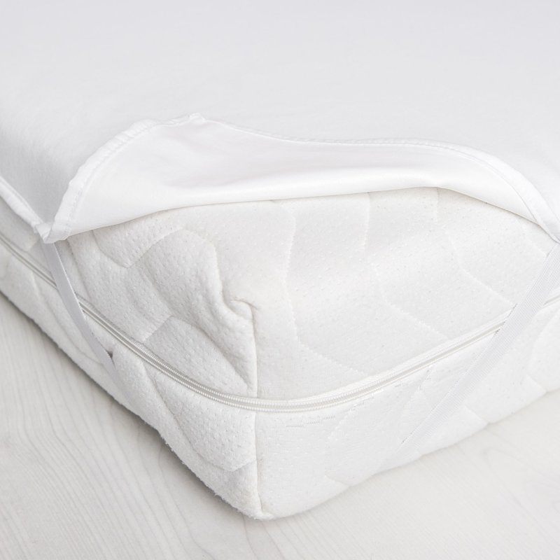 Aizsargpalags ar 4 gumijām stūros